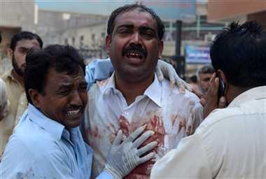पाकिस्तान: चर्च पर फिदायीन हमला, 78 की मौत
