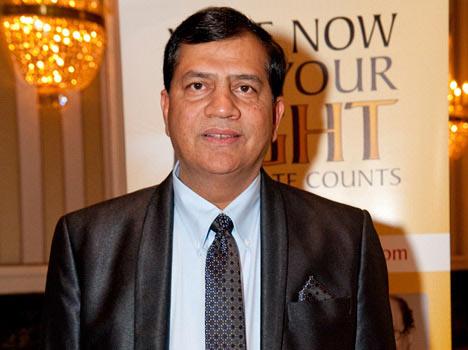 आम्रपाली के सीएमडी पर हत्या का केस दर्ज