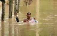 पूर्वोत्तर में बाढ़-भूस्खलन से 33 मरे, लाखों लोग फंसे