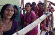 मुजफ्फरपुर में पांच किलो गेंहू के लिए मौत से बाल बाल बची महिलाए, समुचित इंतजाम न होने से आयोजक समाजसेवी राजनश्रीवास्तव सवालों के घेरे में