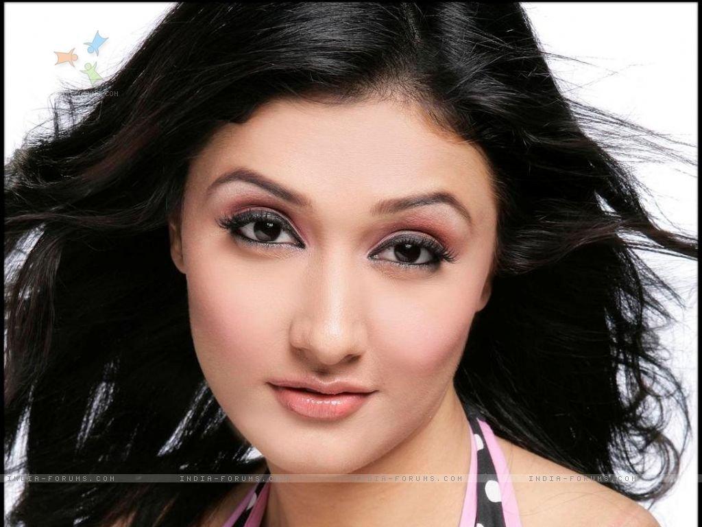 ragini-indian-television-18253830-1024-768